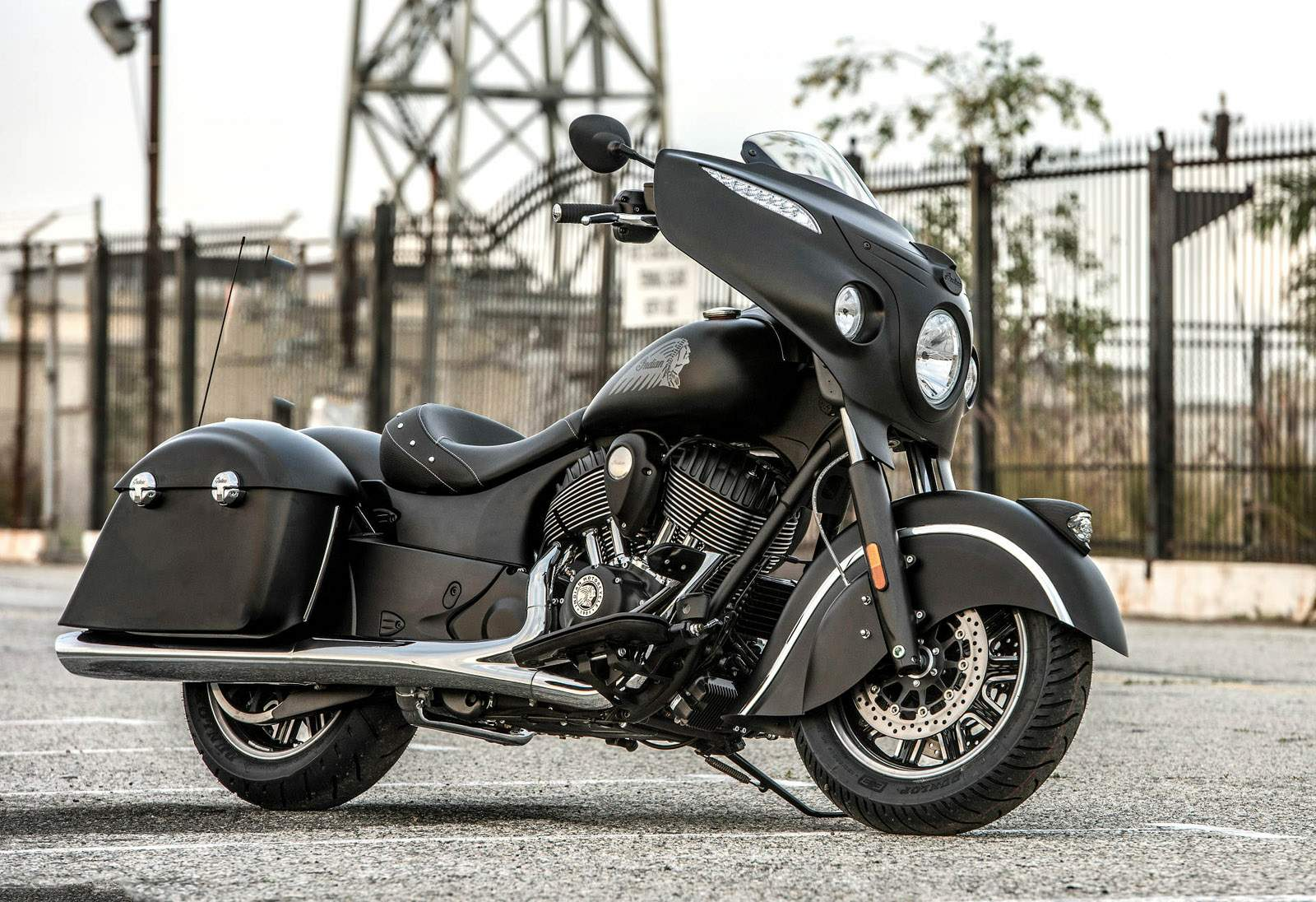 Indian Chieftain Dark Horse technical specifications